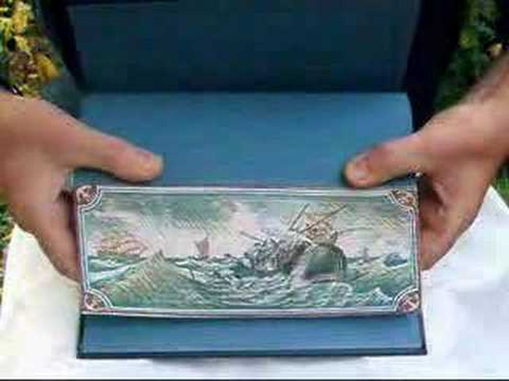 fore-edge-painting-transforms-th-done