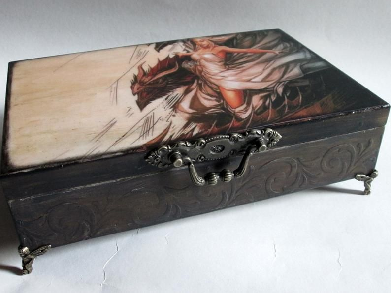 Mother of Dragons jewelry box